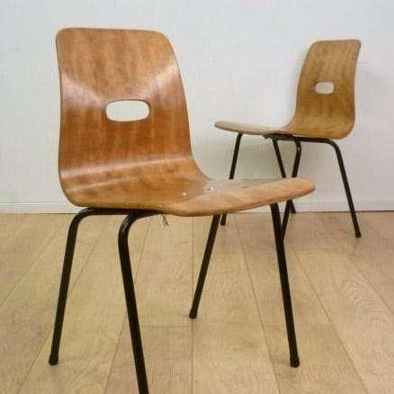 Robin Day Q Stak chair