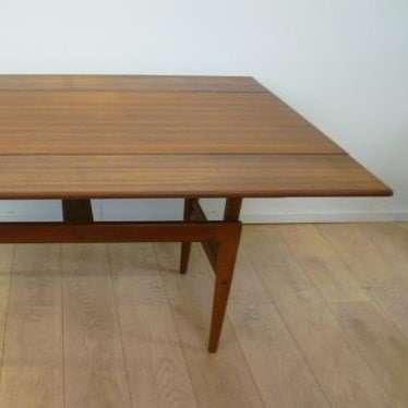 Danish metamorphic table