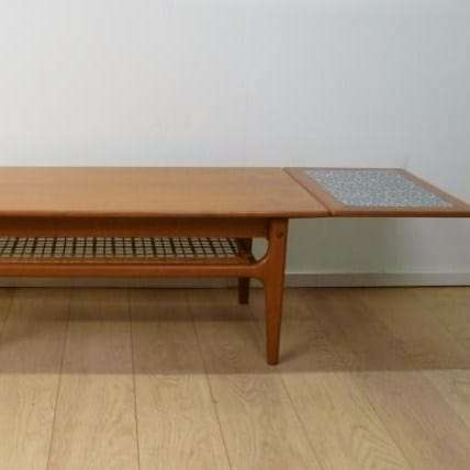 trioh coffee table