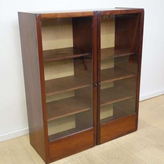 1960s Danish rosewood display cabinet