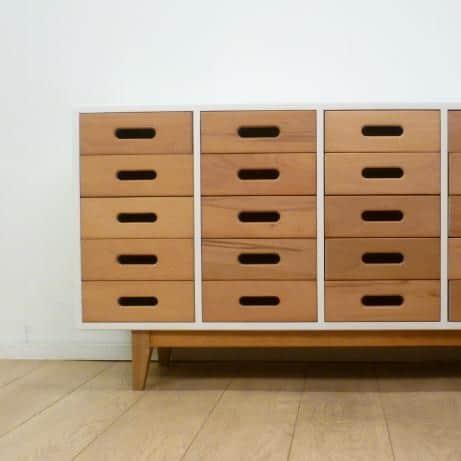 esavian school chest