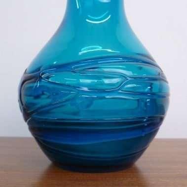Whitefriars random strapping vase