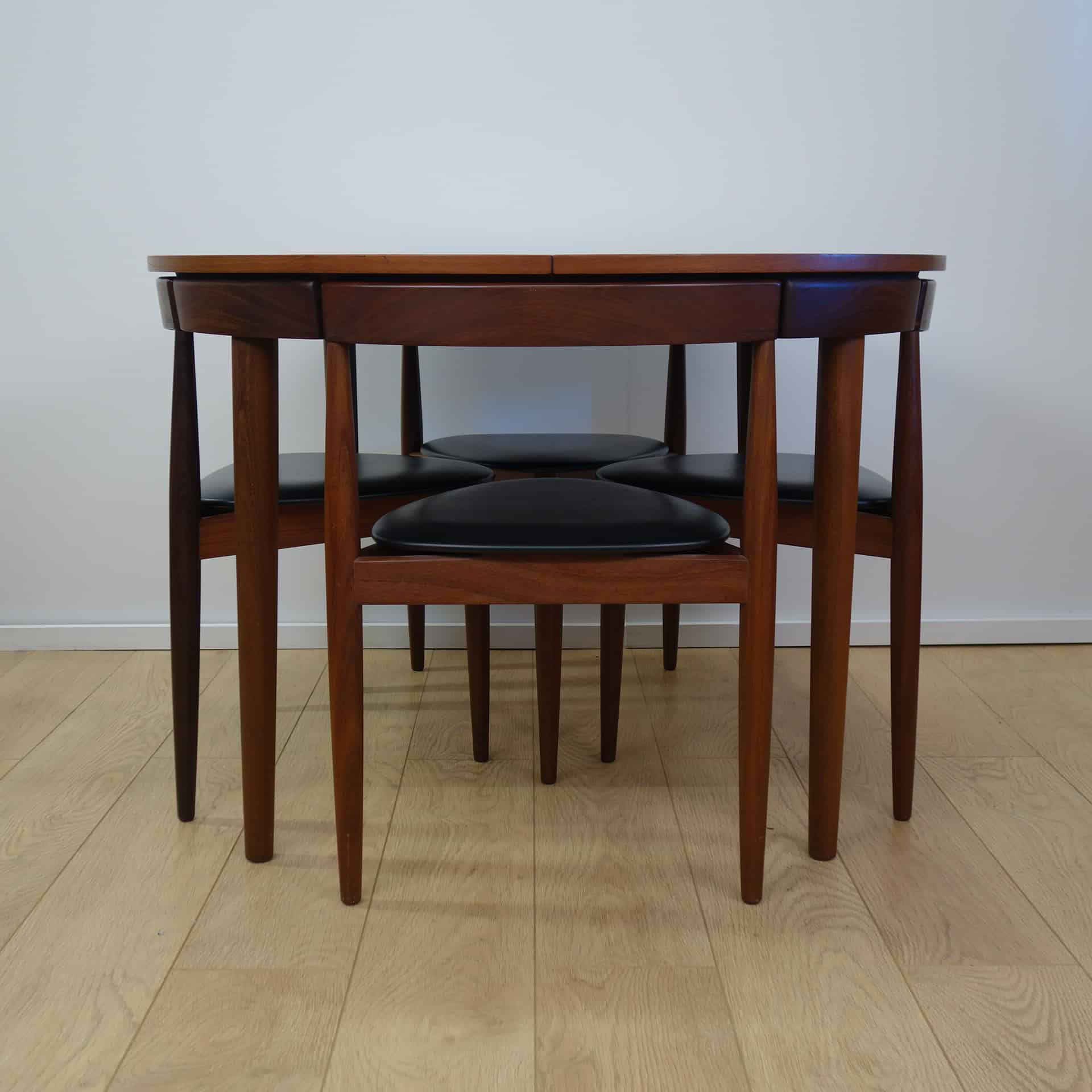 Frem Rojle extending dining table and chairs