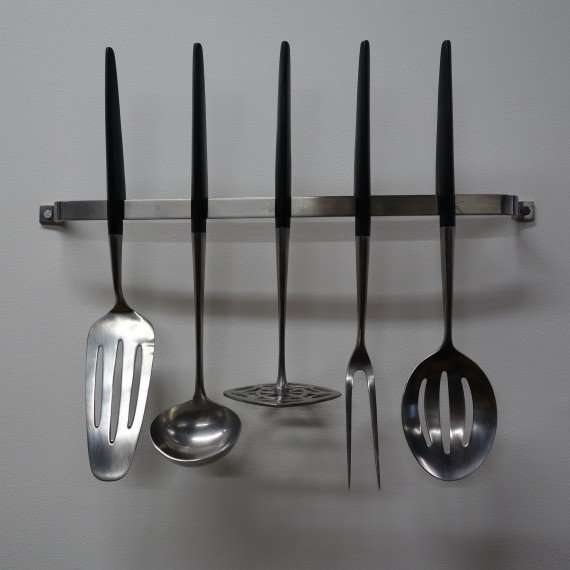 1960s Viners kitchen tools