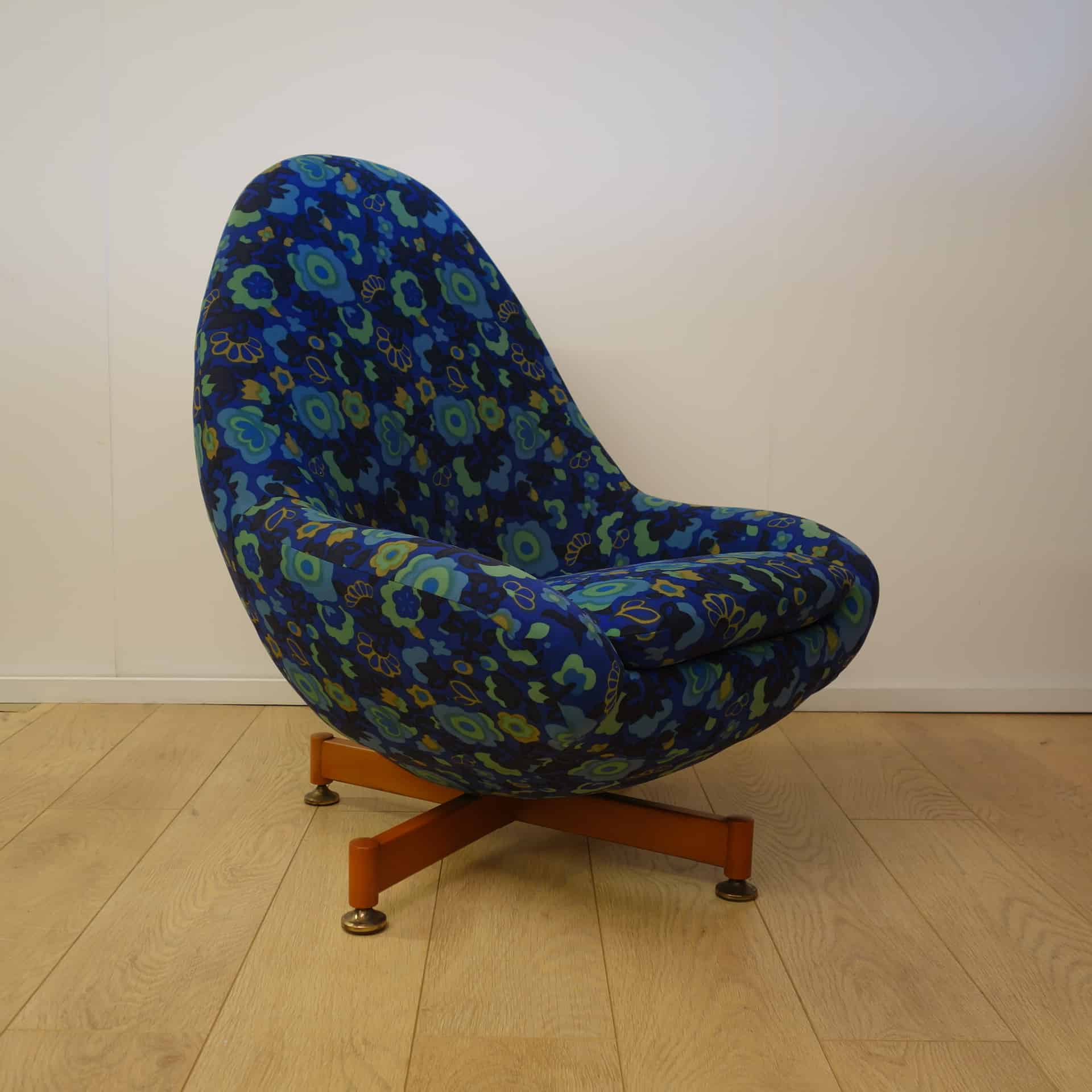 1960s Greaves and Thomas egg chair