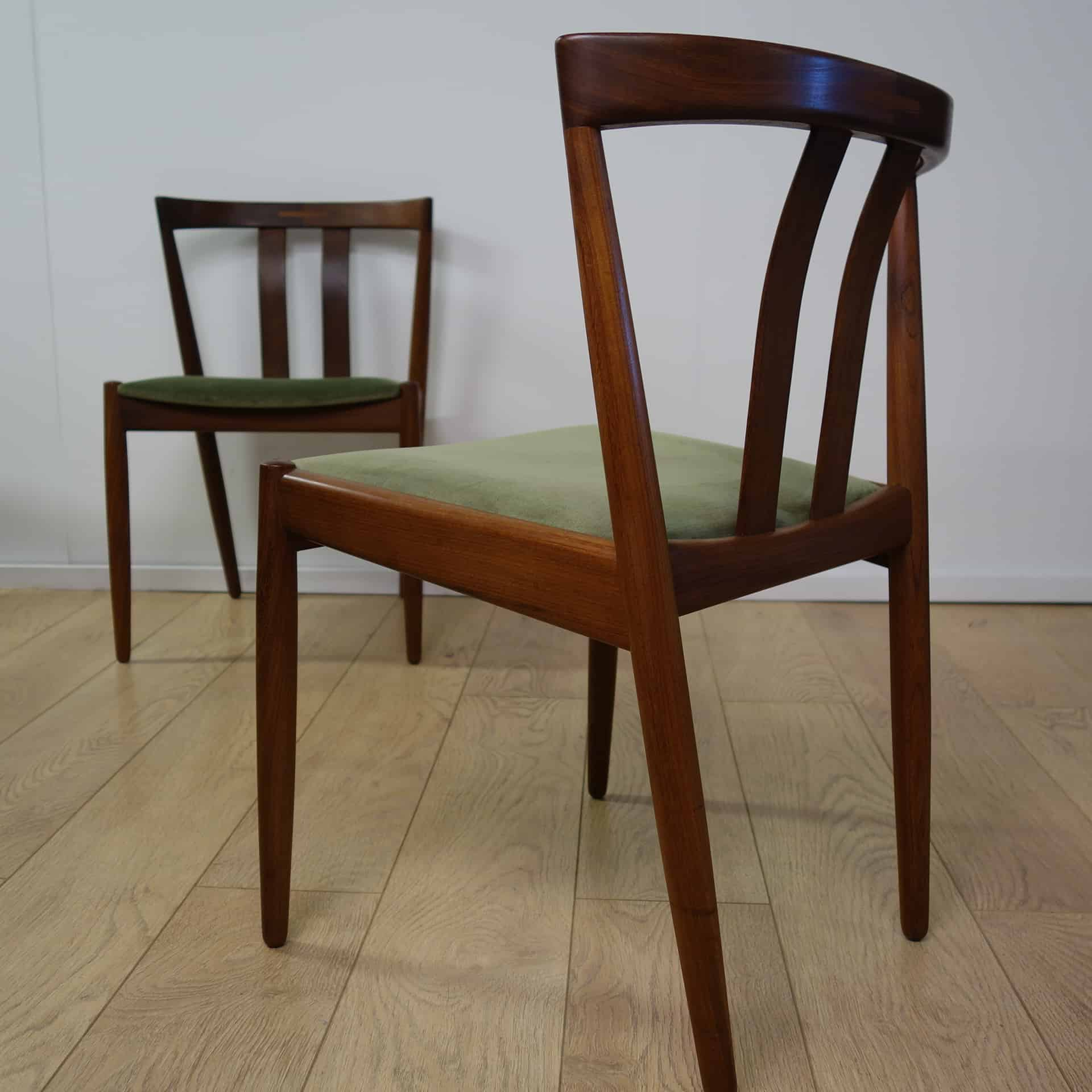 Danish teak extending dining table and 8 chairs
