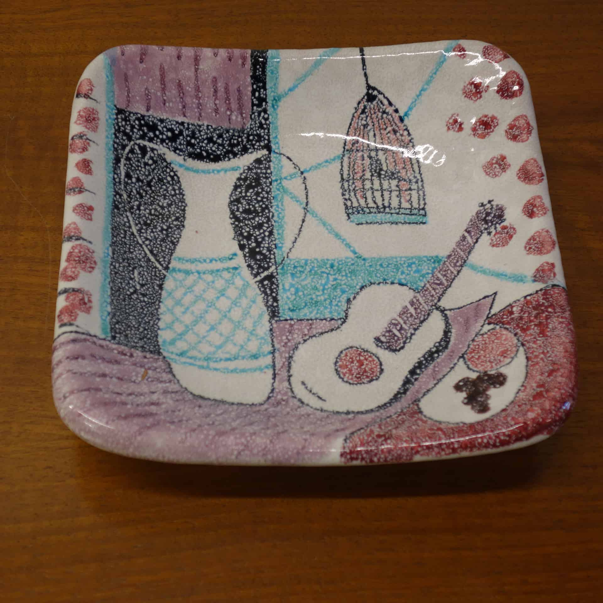 1950s Italian pottery guitar dish