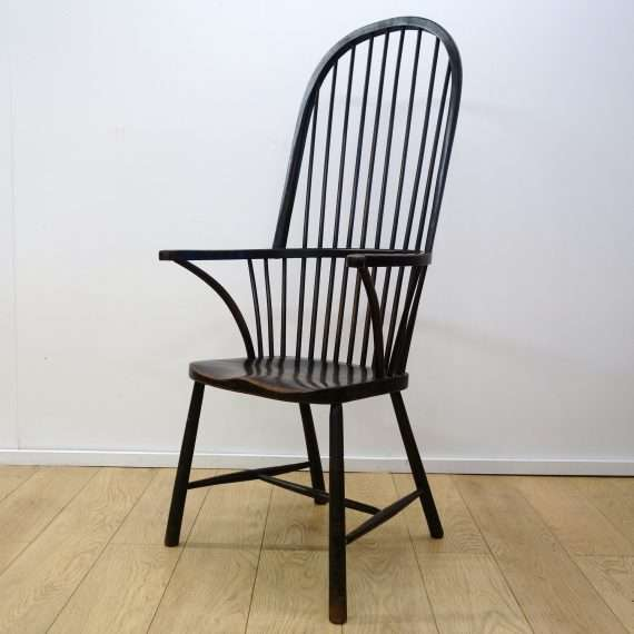 1930s hooped back Windsor chair