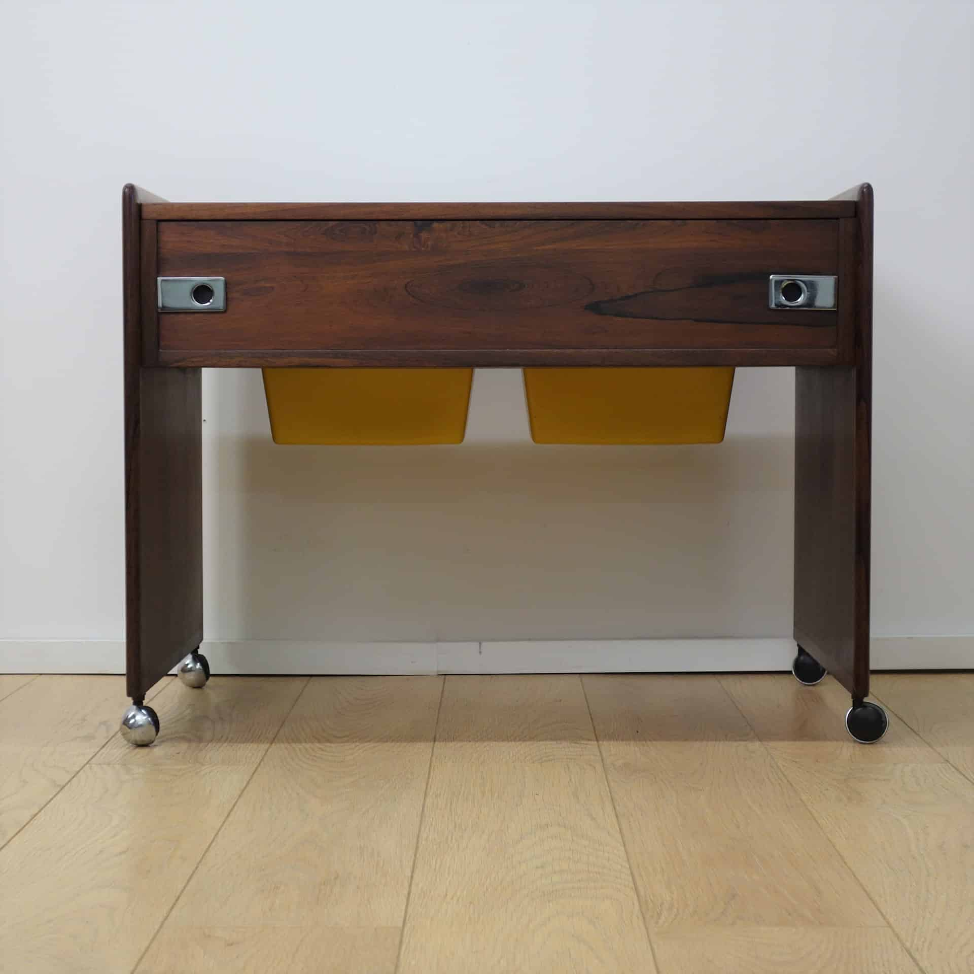 A small 1960s Rosewood dressing table