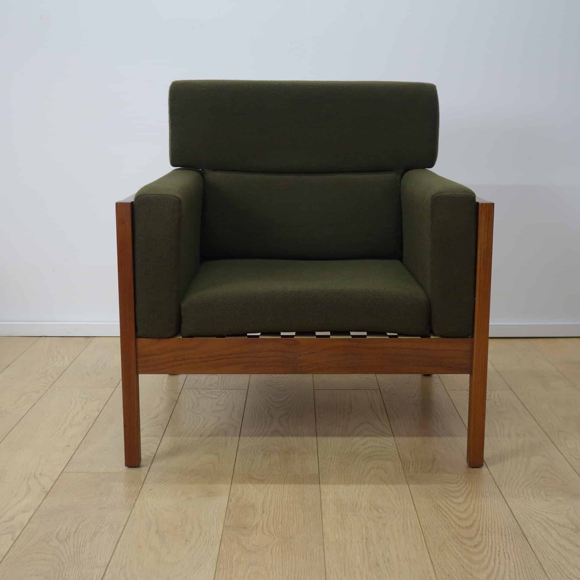 3 Seater Sofa Amp 2 Chairs By Guy Rogers Mark Parrish Mid