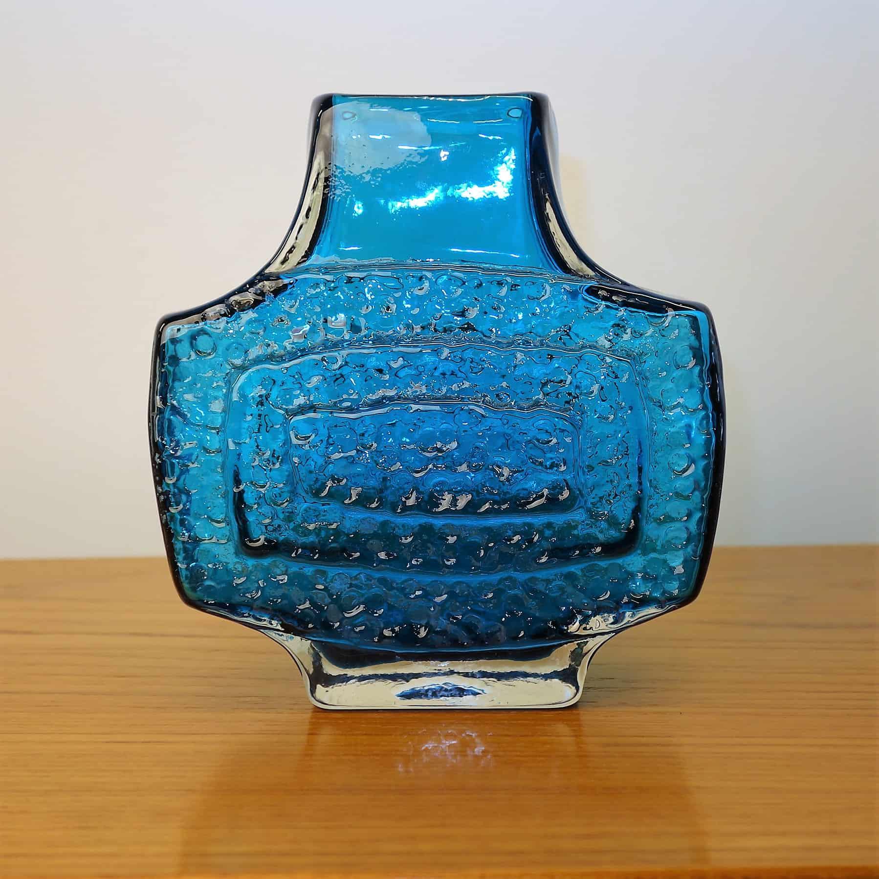 Whitefriars blue TV vase by Geoffrey Baxter