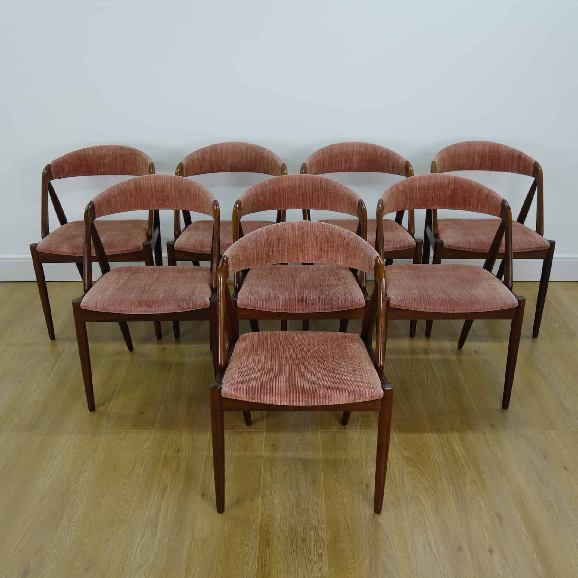 Set of 8 Rosewood model 31 chairs by kai Kristiansen