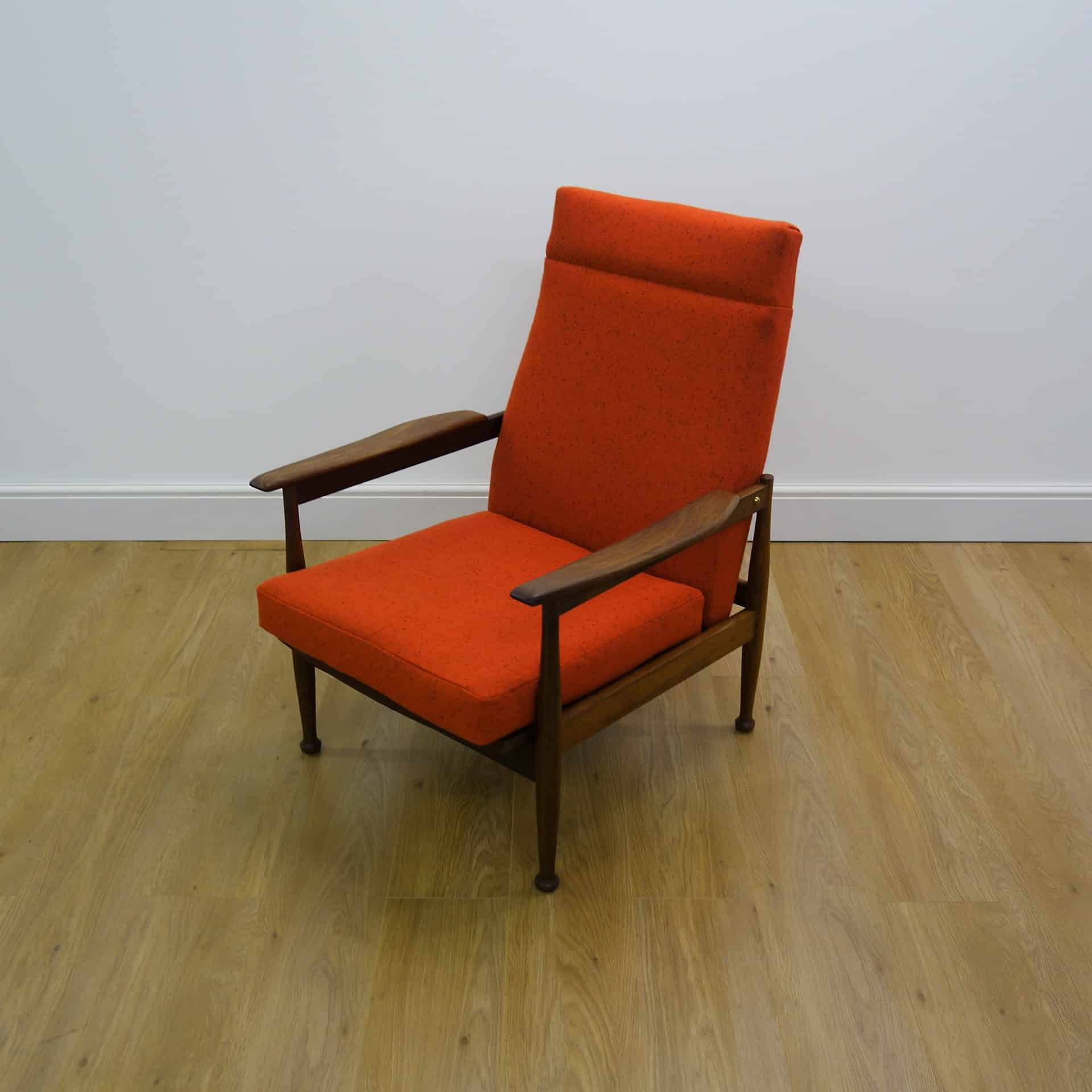Guy Rogers Manhattan reclining arm chair