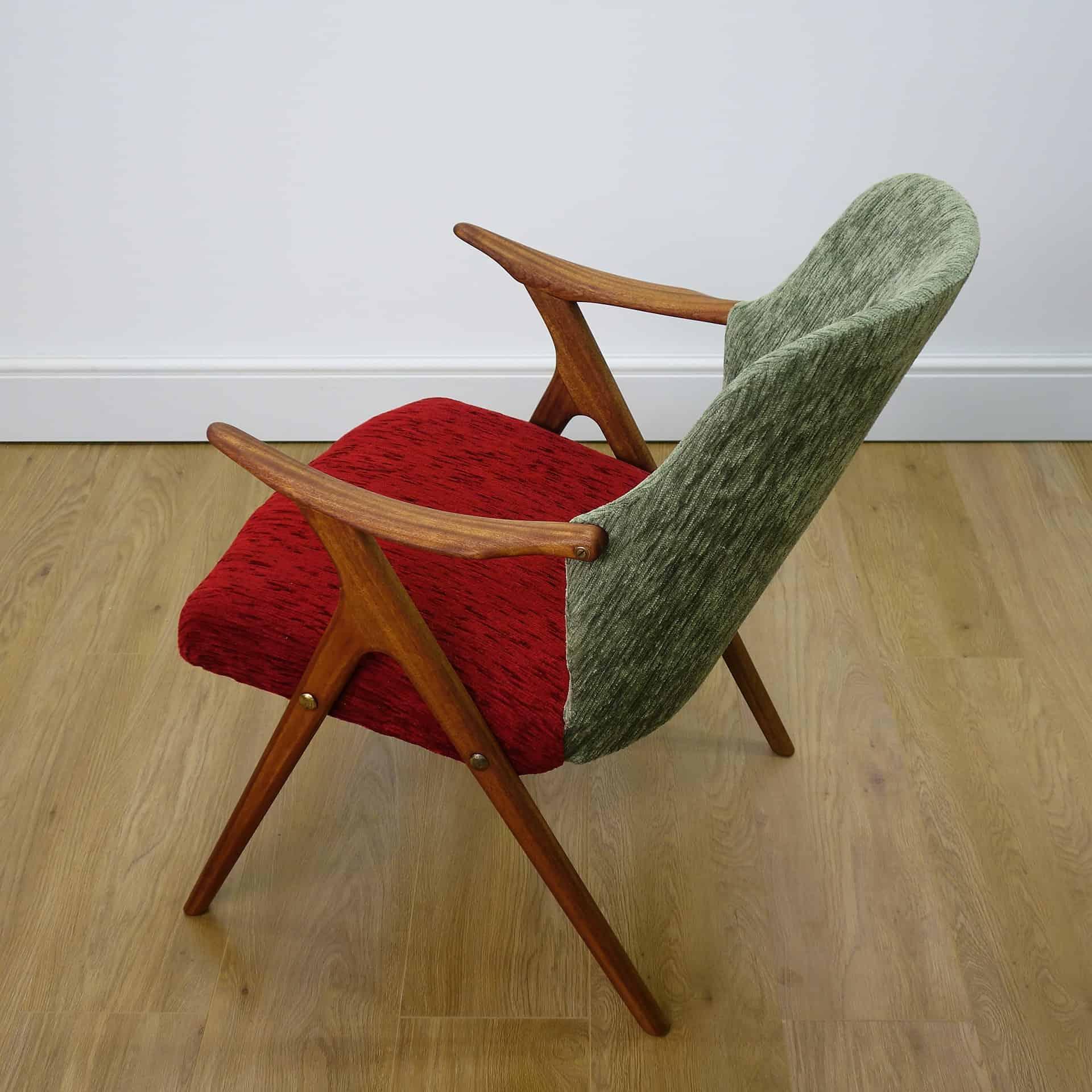 Small 1950s Danish teak arm chair