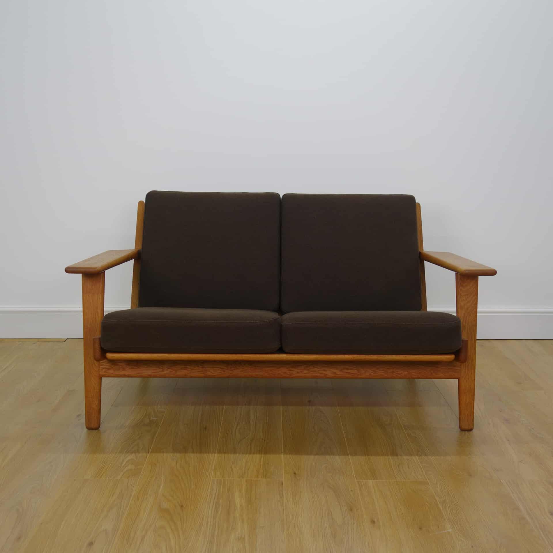 1960s 2 seat Plank sofa by Hans Wegner