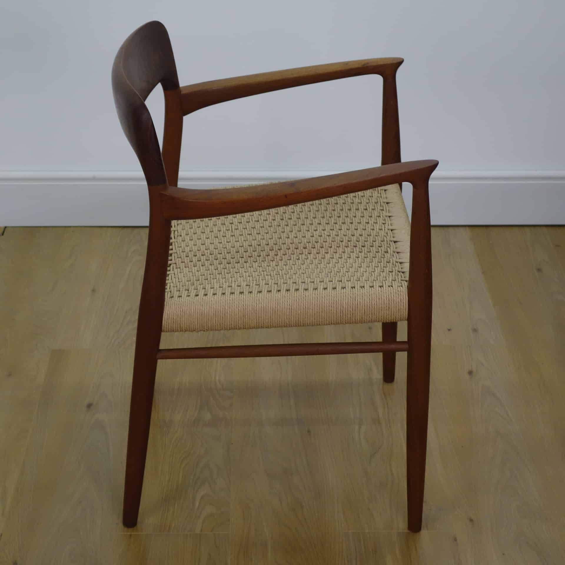 Set of 4 teak model 75 chairs by Niels Moller